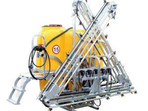 Opryskiwacze zawieszane marki Tolmet składane hydraulicznie